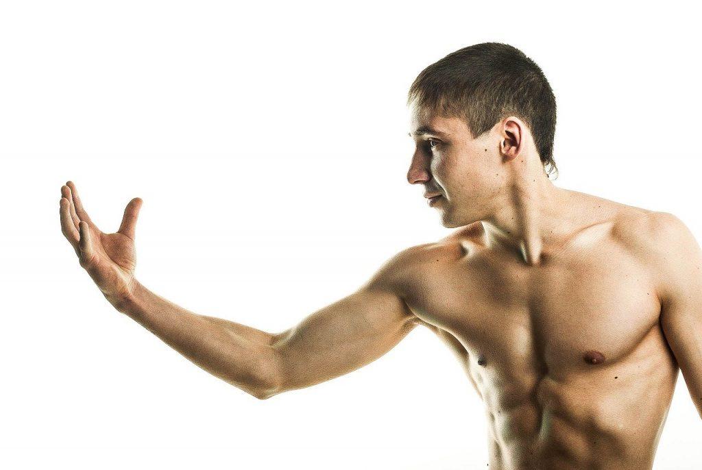 Jak ułożyć trening na rzeźbę