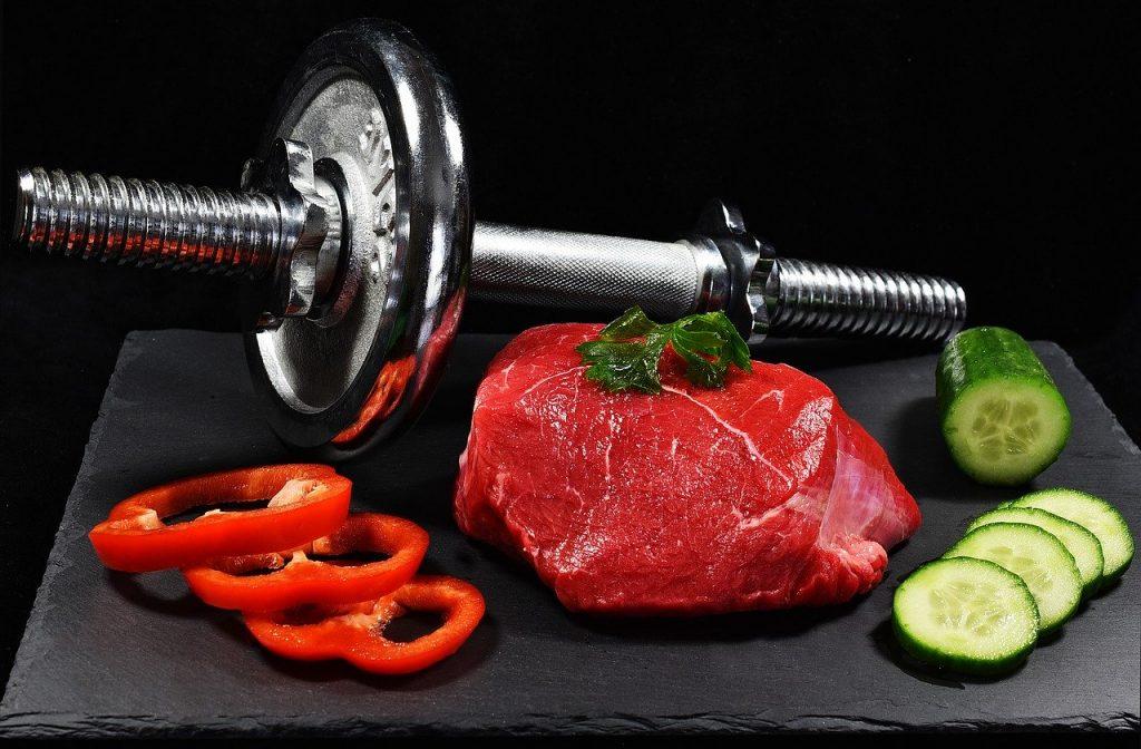 Trening na rzeźbę a dieta
